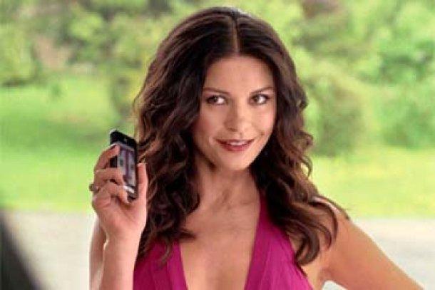T_Mobile_negotiating_to_expand_4G_service_Catherine_Zeta_Jones_going_door_to_door
