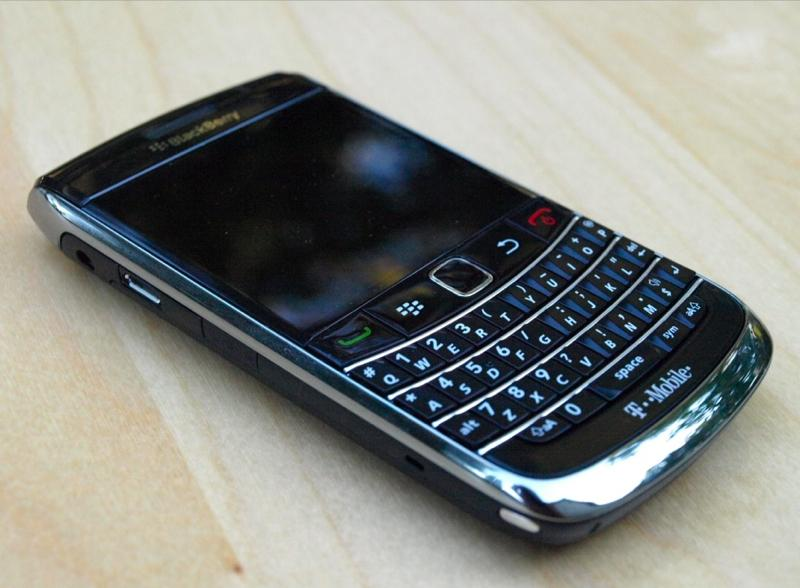 blackberry-bold-9700-tmobile-00