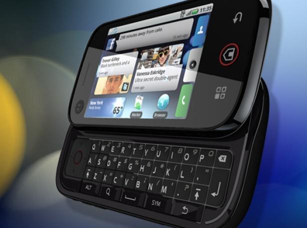 motorola-cliq-dext-motoblur-phone-1