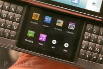 lg-qwerty-dual-screen-android-phone-1