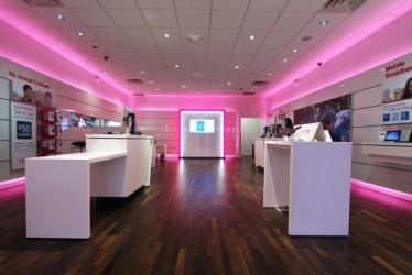 T-Mobile_store_610x407