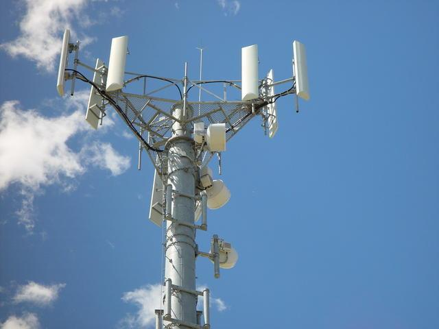 T Mobile Asks FCC To Make All 700MHz LTE Networks Interoperable