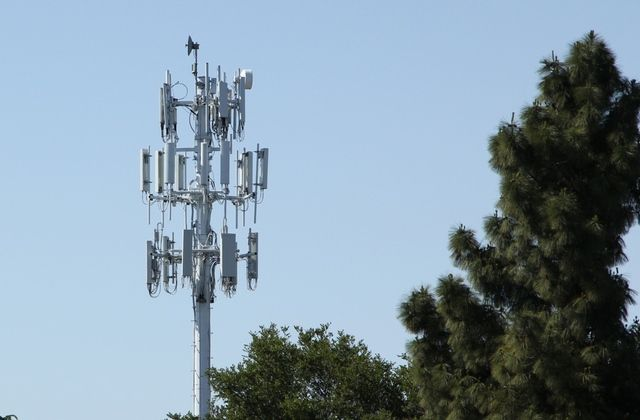 cell-tower-san-jose-3-stock-1024_large_verge_medium_landscape