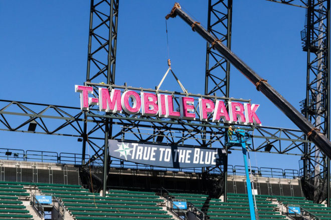 tmobile-park-sign
