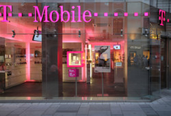 t-mobile-closes-stony-point-fashion-park-store